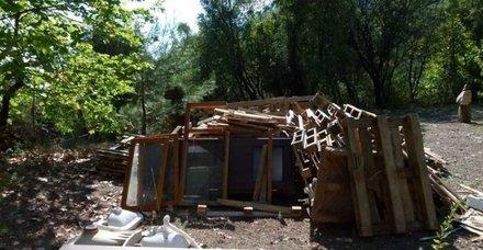 İnanılır gibi değil! 1500 TL'ye kendi evini yaptı! Görenler donup kalıyor...