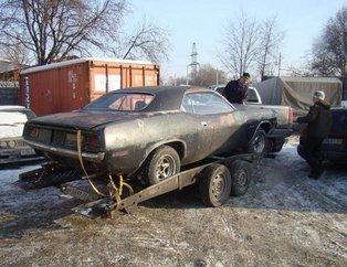 1970 model otomobili baştan yarattılar! Enkaz diye kaderine terk edilmişti...
