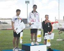 Okçulukta büyük başarı Mete Avrupa şampiyonu