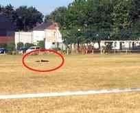 Korkunç! Futbol sahasında kendini patlattı