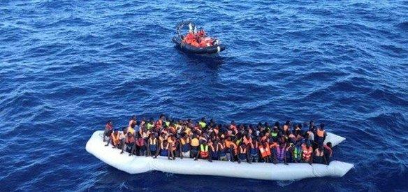 Birleşmiş Milletler Akdeniz'de sığınmacıları taşıyan iki botun alabora olması sonucu 245 sığınmacının kaybolduğunu açıkladı