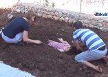 Diyarbakırdan ilginç görüntüler! Diri diri toprağa gömüldüler