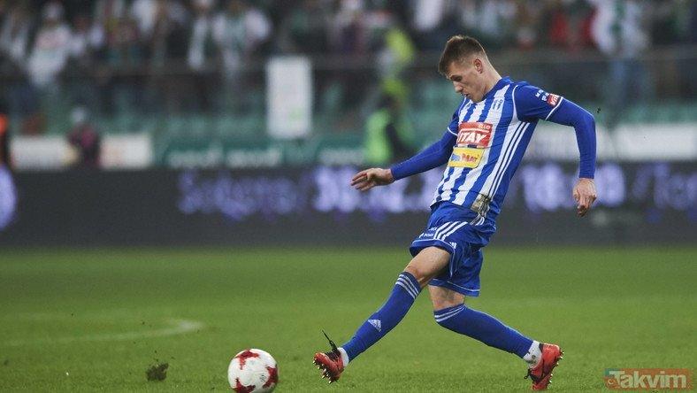 Fenerbahçe Szymanski'yi takibe aldı