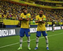 Brezilya Uruguay'ı 4 golle mağlup etti