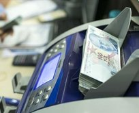SGK ve Bağkur'lu emekliye SMS ile 80.000 lira kredi veriliyor