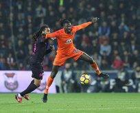 İntiharın kıyısından, futbolun zirvesine: Emmanuel Adebayor