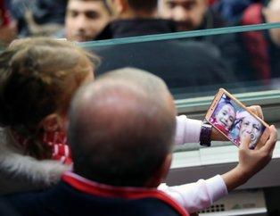 Başkan Erdoğan 2020 UEFA Avrupa Futbol Şampiyonası Elemeleri'ndeki Türkiye - Moldova maçını izledi