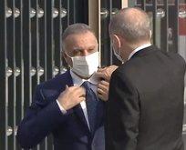 Başkan Erdoğan Kazımi'nin yakasını düzeltti