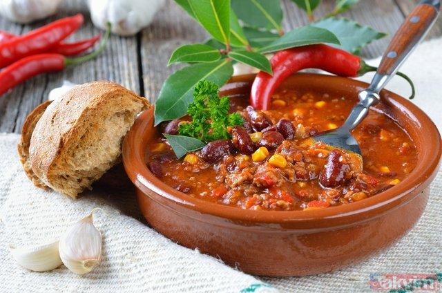 Kış depresyonuna hangi besinler iyi gelir? Kışın tüketmeniz gereken gıdalar neler?