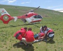 Ambulans helikopter yayladaki vatandaş için kalktı