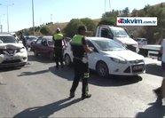 Akaryakıt yola döküldü 17 araç birbirine girdi
