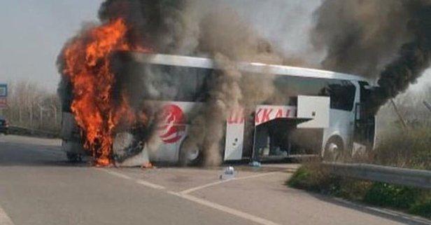 Korku dolu anlar! Yolcu dolu otobüs alev alev yandı