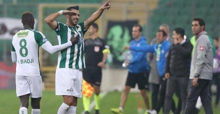 Bursaspor ilk yarıda fişi çekti!