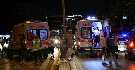 İzmir'de zincirleme kaza! 7 yaralı