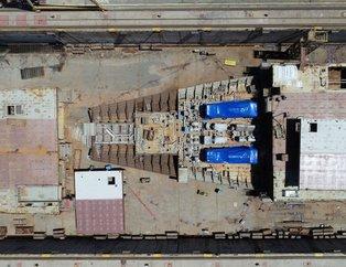 Türkiye'nin ilk uçak gemisi TCG Anadolu havadan görüntülendi
