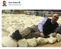 Biden'ı destekleyen CHP'lilerin paylaştığı fotoğraf