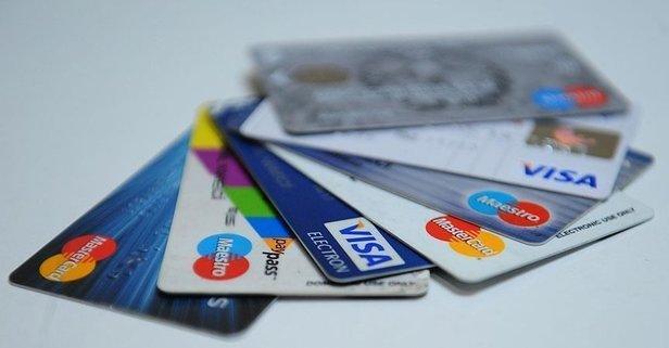 Kredi kartı aidatı nasıl geri alınır? Kredi kartı almayan bankalar hangileri?