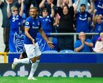 Cenk Tosun siftah yaptı Everton farklı kazandı!
