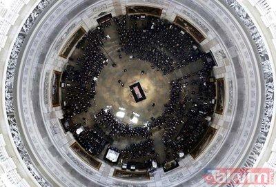 ABDli Senatör McCain için Kongrede tören düzenlendi