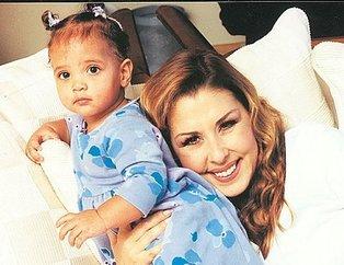 Nilüfer'in kızı Ayşe Nazlı'yı görenler hayrete düştü! O küçük kız şimdilerde...