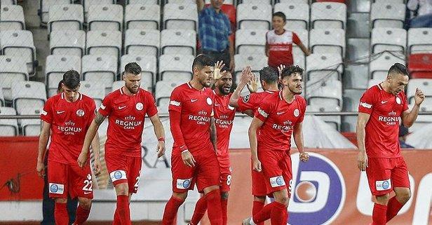 Antalya'dan 3 gol 3 puan