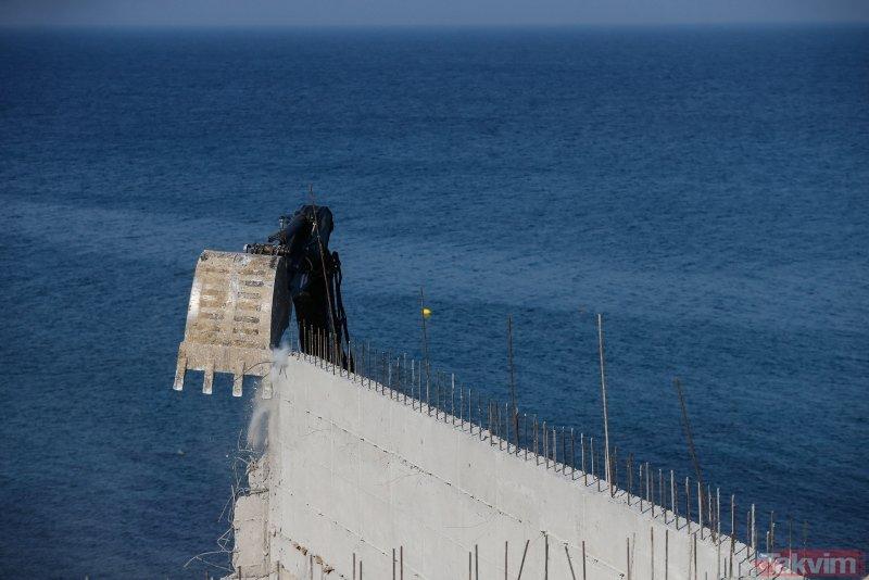 İzmir Karaburun'daki sit alanına yapılan inşaatta yıkım başladı