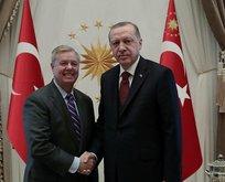 ABD'li senatörden PKK/YPG itirafı