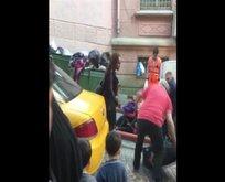 Taksiciden kendisini trafiğe sokan turiste sert tepki