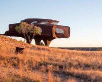 Mimar Robert Bruno'nun UFO evi