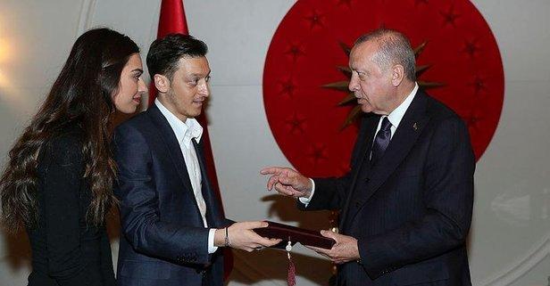 Erdoğan, futbolcu Mesut Özil'i kabul etti