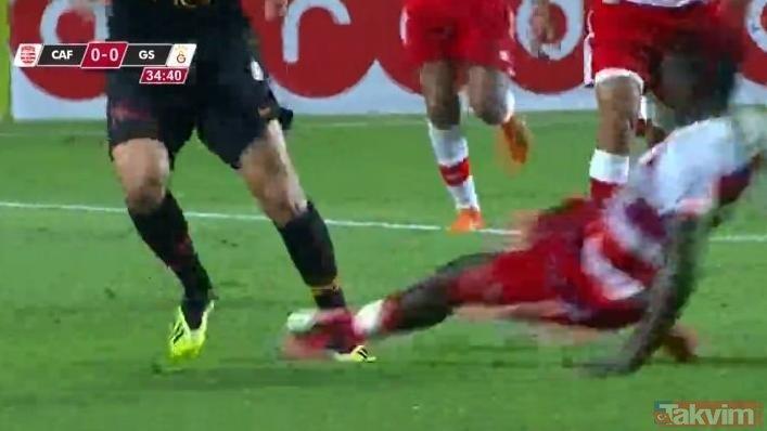 Club Africain - Galatasaray maçında olay! Bu adamlar normal değil