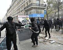 Fransız polisi bu kez de muhabirleri hedef aldı!
