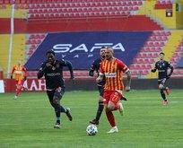 Kayserispor Başakşehir'i 2 golle geçti