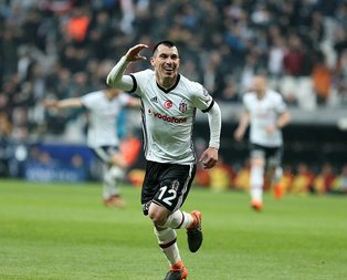 Kupa yok ama Beşiktaş'ta mutluyum