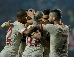 Galatasaray rakiplerine fark attı! 2018-19 sezonu Galatasaray, Fenerbahçe, Beşiktaş ve Trabzonspor'un gelirleri