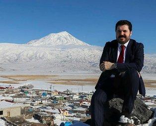 Ağrı Belediye Başkanı Savcı Sayan, terör örgütü PKK ve HDP'ye karşı 2 bin kişiyle Diyarbakır'a yürüyeceğini bildirdi