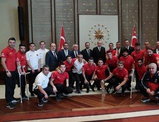 Başkan Recep Tayyip Erdoğan, Ampute Futbol Milli Takımı'nı kabul etti