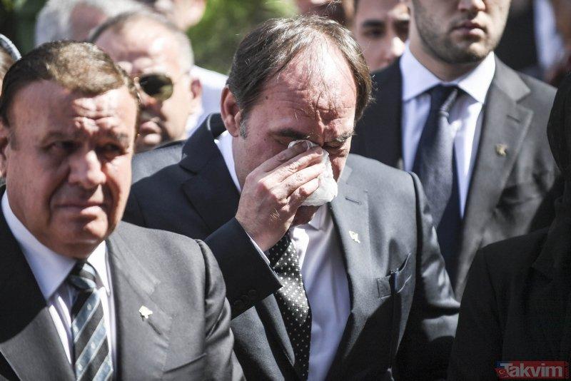 Erdoğan Demirörenin cenazesinde çok sayıda ünlü isim bir araya geldi