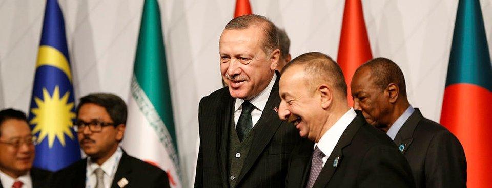 Erdoğan ve Aliyevin neşeli sohbeti görüntülendi