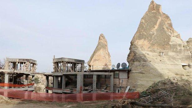 Kapadokya Peri Bacalarındaki Otel Inşaatında Yıkım Başladı