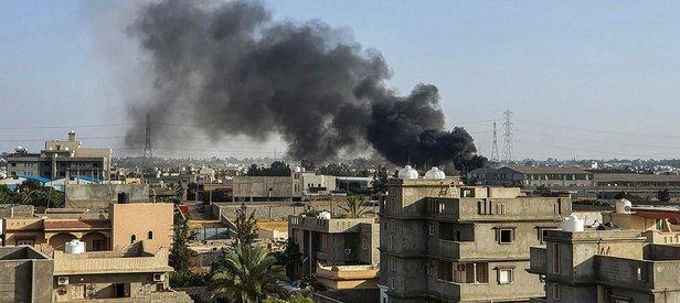 Son dakika: Libya'da Hafter milisleri Trablus'un güneyindeki sivil mahallelere saldırdı