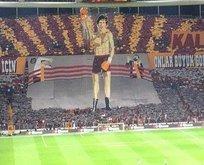Galatasaray taraftarından Rocky koreografisi