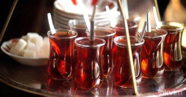 Bin 300 bardak çay içiyoruz