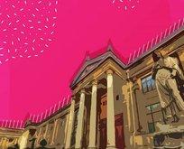 İstanbul Arkeoloji Müzesi ve Pera Palas gibi yapıların mimarı kimdir?