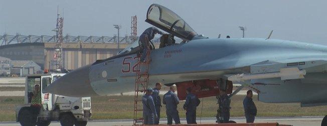 Rus savaş uçağı SU-35 İstanbul semalarında! Amerikan F-35 mi Rus SU-57 mi daha güçlü?