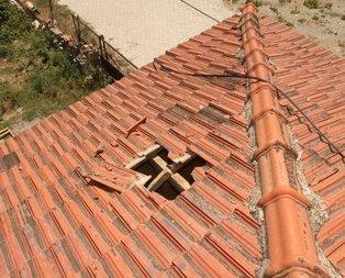 Burdur'da şaşkına çeviren olay! Gökten düştü çatıyı deldi