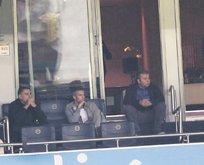 Van Persie maçı locadan izledi