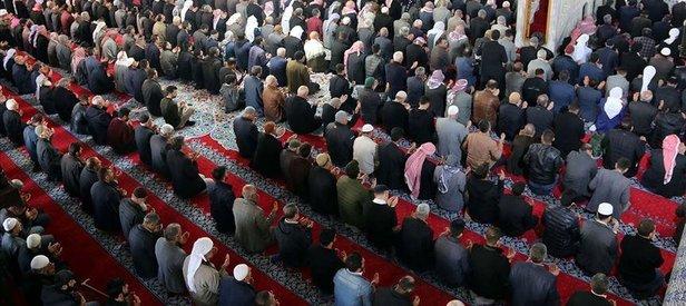 Dünya Müslüman Alimler Birliğinden cuma ve cemaatle namaza ilişkin fetva