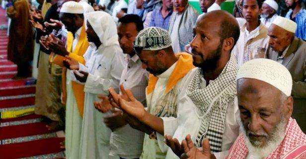 İdlib şehitleri için gıyabi cenaze namazı