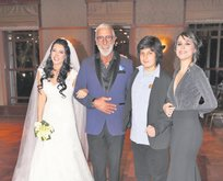 57'lik Cem Özer 5. kez evlendi